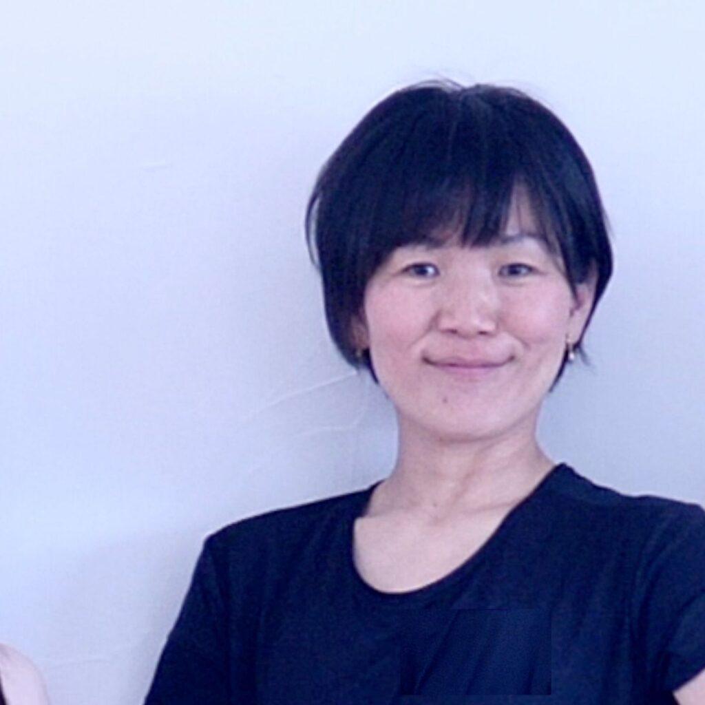 TAKAKOさん ヨガインストラクター養成講座3期
